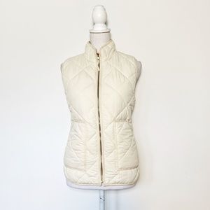 J Crew M pale creme quilted sleeveless jacket